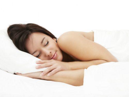 LO STUDIO: Le donne che dormono di più hanno una vita sessuale migliore